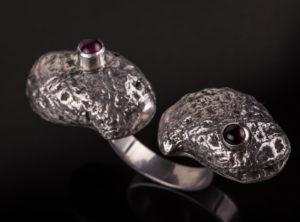 Dvigubas sidabrinis žiedas