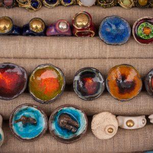 Vilniaus Kaziuko mugėje buvo galima įsigyti keraminių žiedų