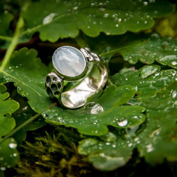 Autorinis sidabrinis žiedas su agatu