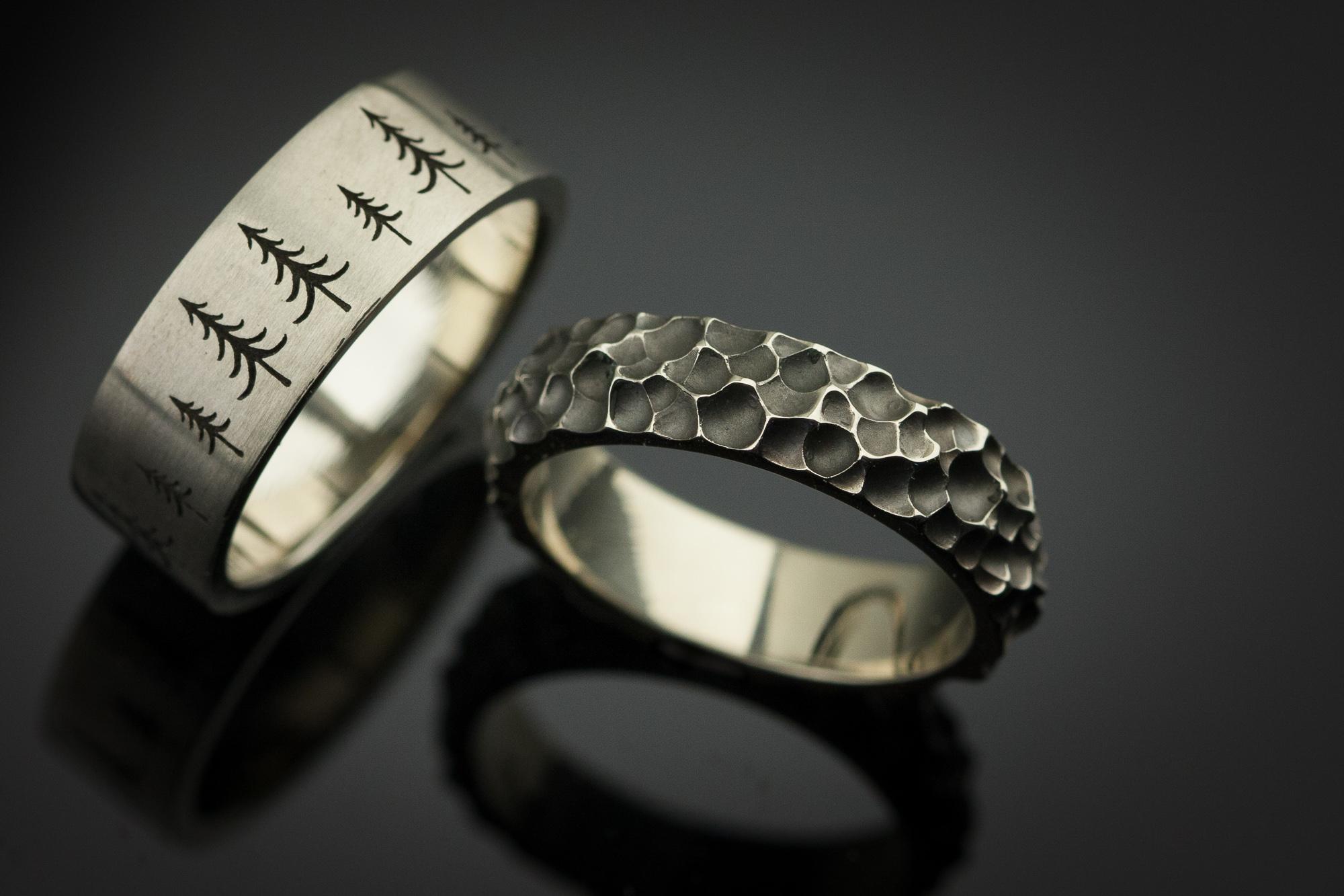 Skirtingi vestuviniai žiedai