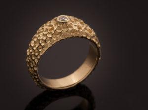 Sužadėtuvių žiedas iš geltono aukso