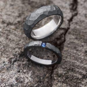 Juodo sidabro vestuviniai žiedai