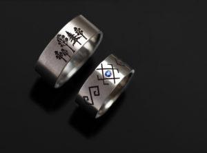 Graviruoti vestuviniai žiedai iš balto aukso