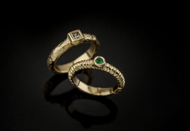 auksinių žiedų rinkinys