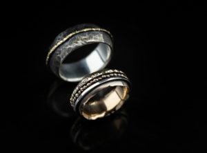 Skirtingų metalų vestuviniai žiedai