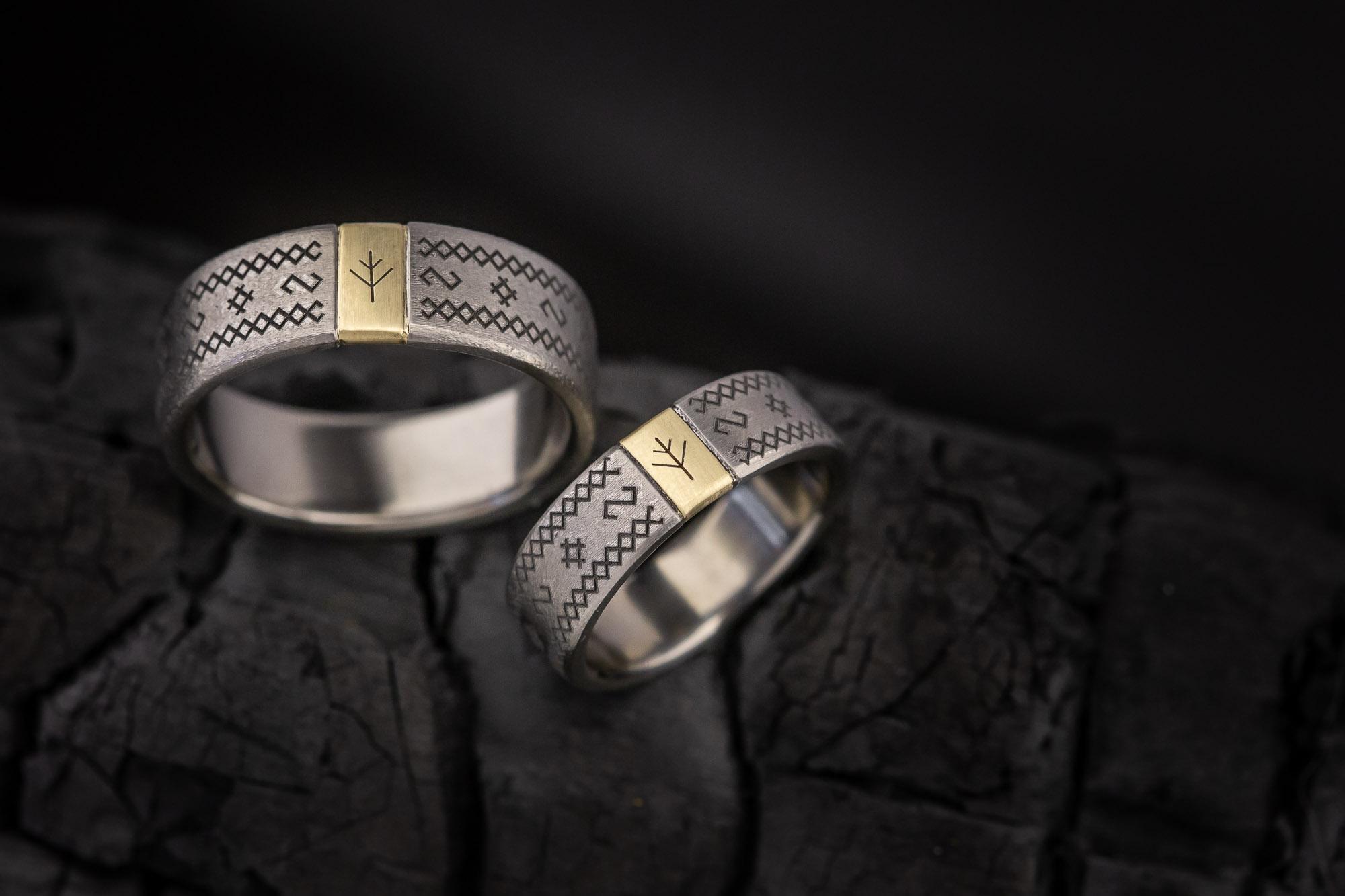 Titano žiedai su auksu
