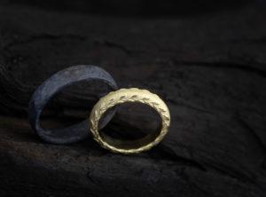 Vestuviniai žiedai iš titano ir aukso