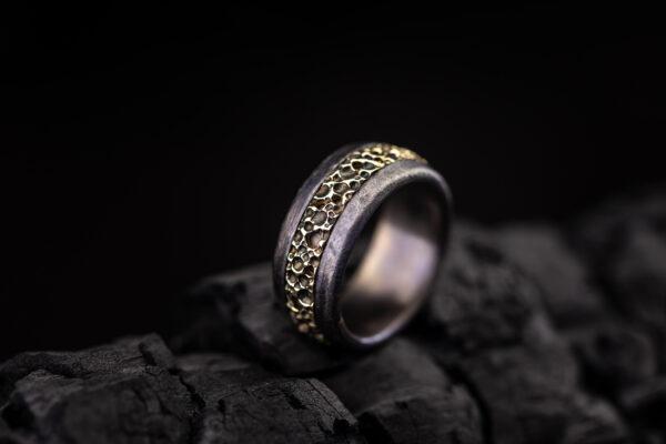 Vyriškas titano žiedas