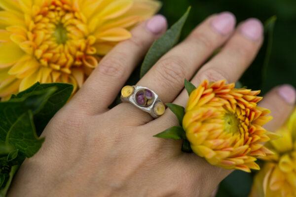 Sidabrinis žiedas su stiklu