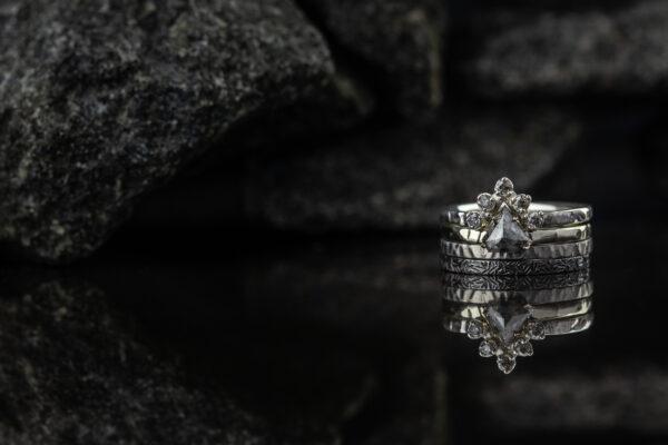 Žiedų rinkinys su deimantais