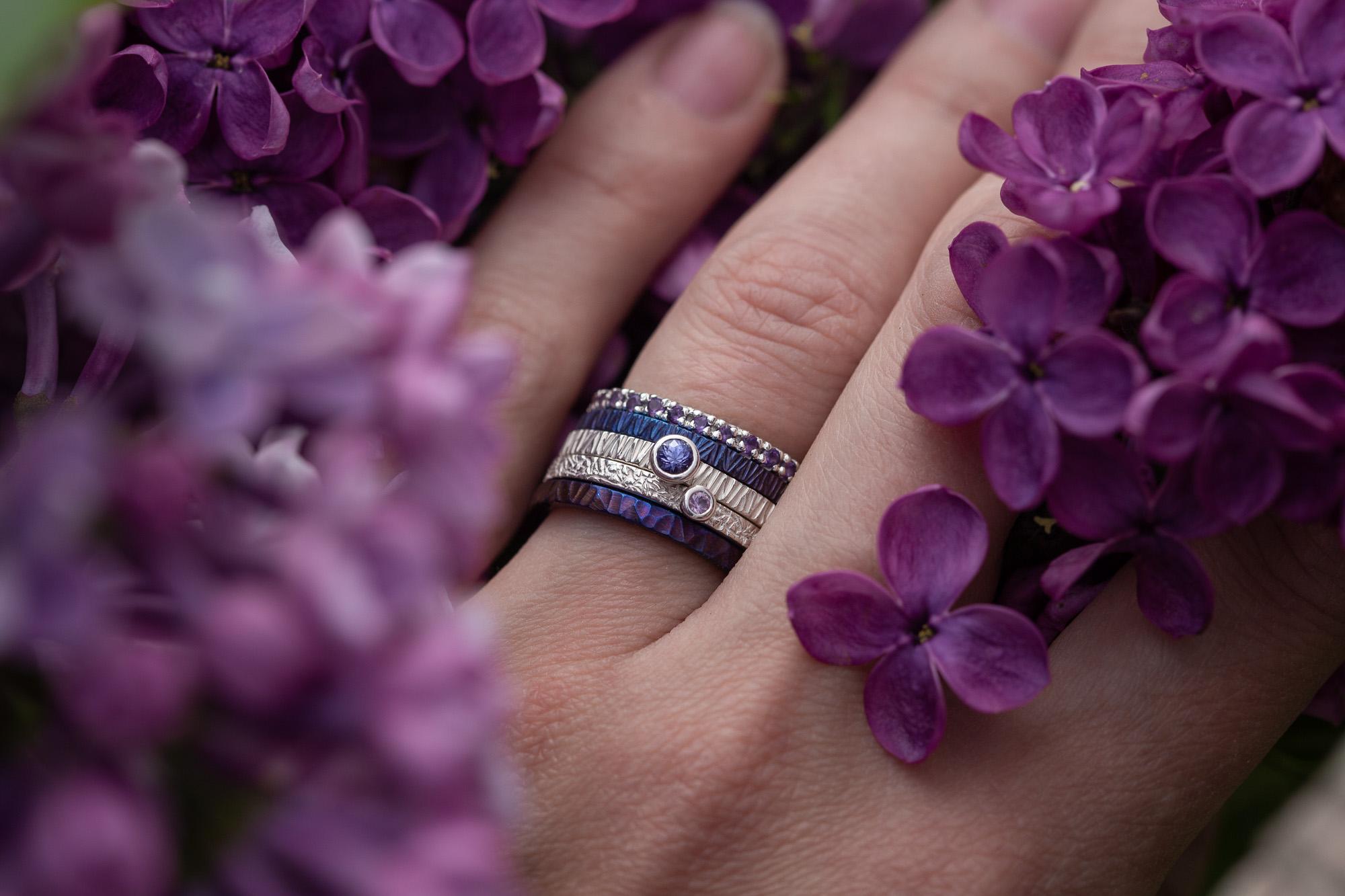 Violetinis žiedų rinkinys